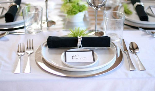 402861 610 - چیدمان میز غذاخوری برای مهمانی رسمی