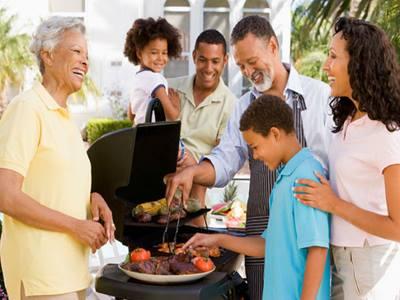 family cookout - آداب یک پذیرایی رسمی و تشریفاتی