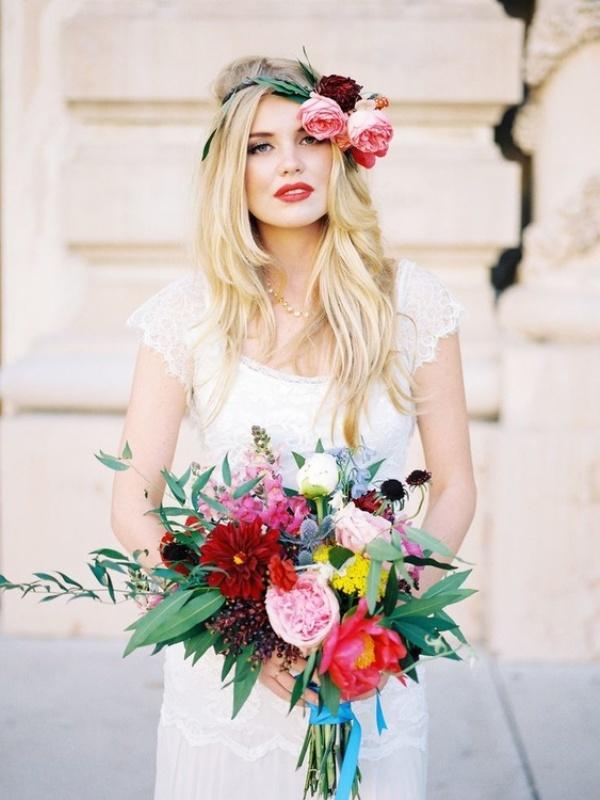 های آرایشی هرفصل برای عروس خانم ها 7 - توصیههای آرایشی هرفصل برای عروس خانم ها