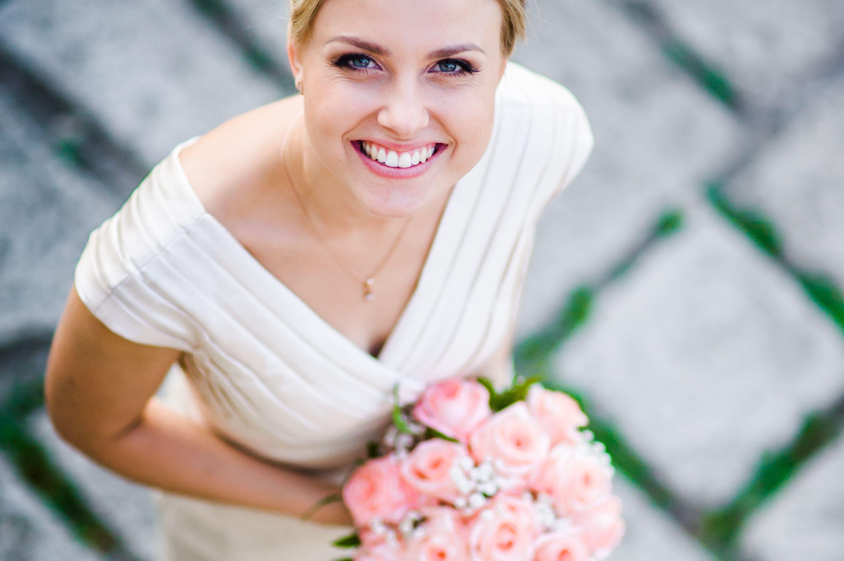 های سفید در عروسی 5 - با لبخندی زیبا راهی عروسیتان شوید