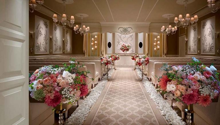 عروسی 768x439 - ایدههایی برای اینکه سالن عروسی خود را متفاوت انتخاب کنید