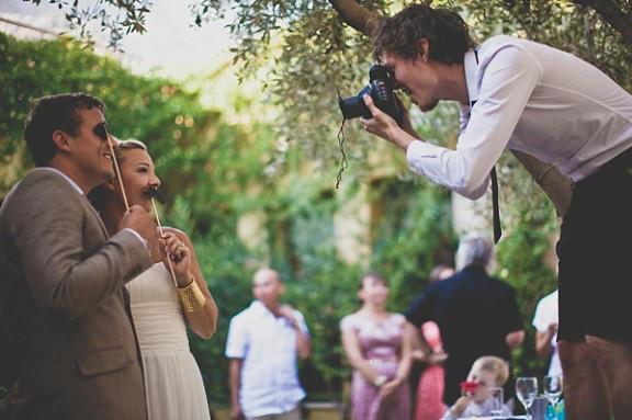 در هزینه های عکاسی عروسی صرفه جویی کنیم؟ 2 - چگونه در هزینههای عکاسی عروسی صرفهجویی کنیم؟