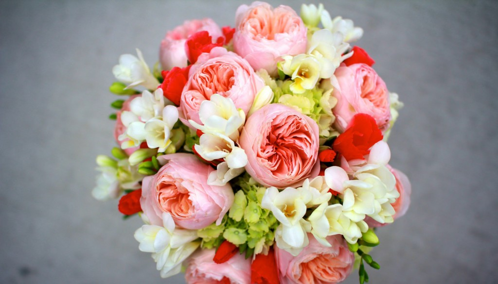 شاخص 1024x585 - گل هایی برای مراسم ایرانی