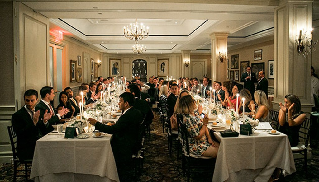 Be Perfect Wedding Guest 630 1024x585 - ۵ رفتار نادرست که مهمانان عروسی انجام میدهند