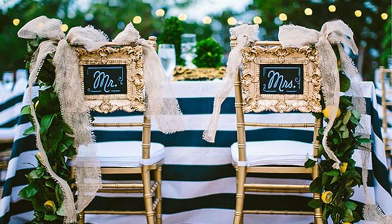 Chair Back Ideas Framed Heather Rowland 768x439 - مدل های جدید تزیین جایگاه عروس و داماد