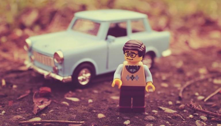 lego lego chelovechek mashina 768x439 - اسباب بازی لگو ؛ اینبار برای تم عروسی