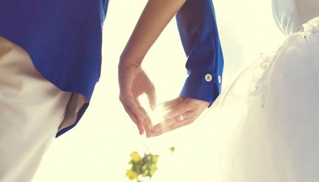 nastroeniya svadba zhenschina 1024x585 - ۵ ایدهی جالب برای اینکه هزینه های عروسی خود را کاهش دهید