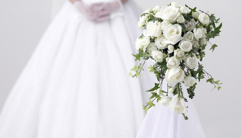 svadba cvety buket nevesta 768x439 1 - ۷ لباس عروس معروف در طول تاریخ