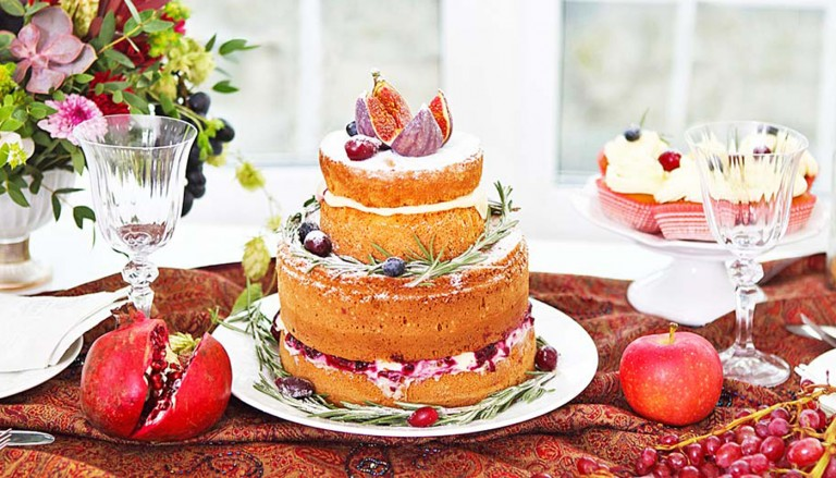 tasvire 768x439 - جدیدترین مدل کیک عروسی برای زوجهای ماجراجو