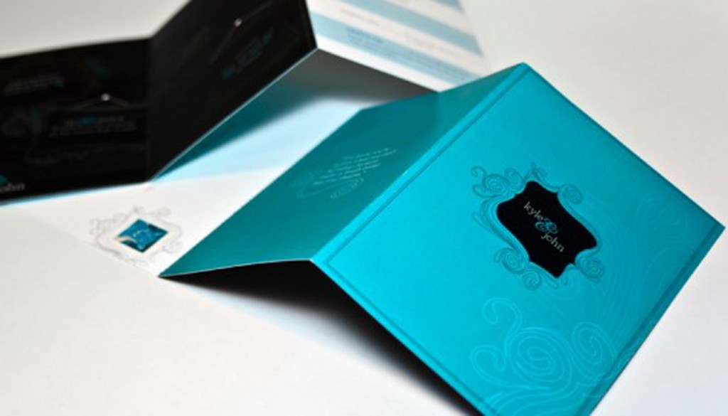 teal black wedding invitation suite Weswen Design 550x365 1024x585 - اشتباهاتی که موقع انتخاب کارت عروسی مرتکب میشوید