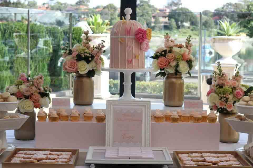 دسر عروسی 11 - چینش زیبای میز دسر عروسی برای عروس خانم های ایرانی