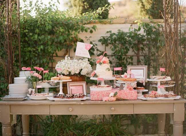 دسر عروسی 15 - چینش زیبای میز دسر عروسی برای عروس خانم های ایرانی