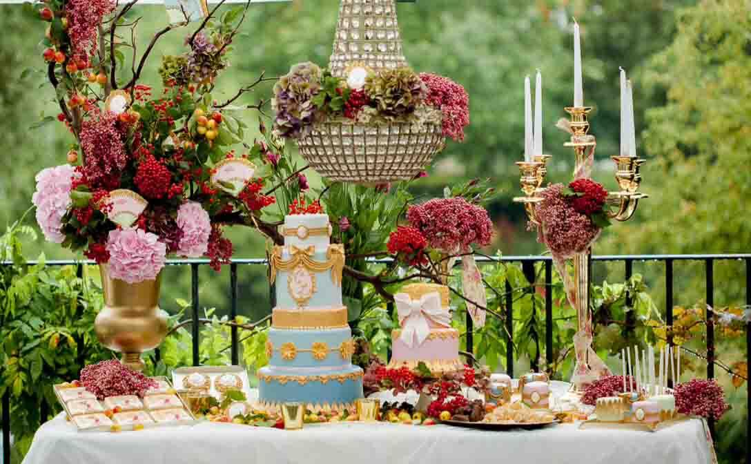 دسر عروسی 6 - چینش زیبای میز دسر عروسی برای عروس خانم های ایرانی