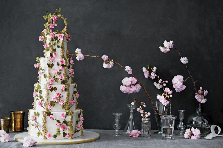 عروسی مدل زیبای خفته - ۵ مدل کیک عروسی خاص برای جشنهای عروسی مجلل