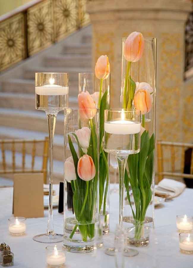 beautiful spring wedding centerpieces of tulips - ۲۳ ایدهی جالب برای گل آرایی مراسم عروسی