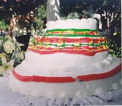 enhanced buzz 28143 1361980965 2 - بد ترین کیک عروسی هایی که تا به حال دیدهاید