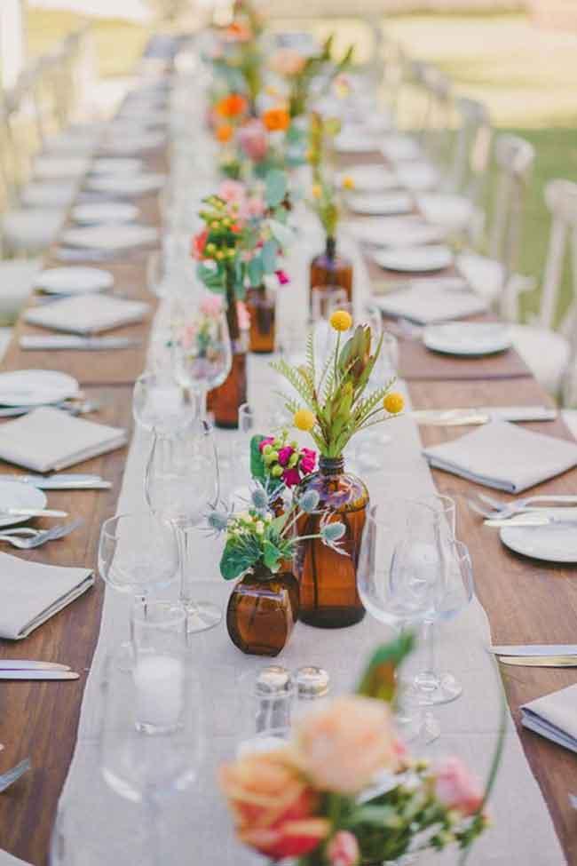 free spirited plam spring wedding centerpices - ۲۳ ایدهی جالب برای گل آرایی مراسم عروسی