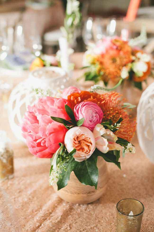 glamorous palm spring wedding centerpiece ideas - ۲۳ ایدهی جالب برای گل آرایی مراسم عروسی