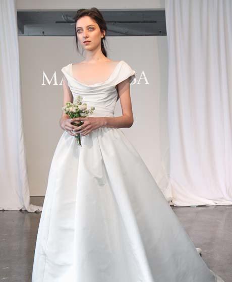 marchesa wedding dresses spring 2015 017 - چگونه لباس عروس مناسب بدن خود را پیدا کنیم؟