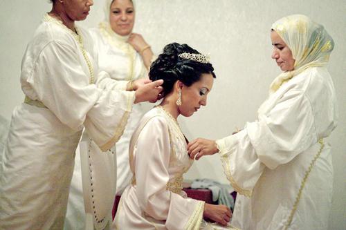 1351689 222 - چگونه ارتباط قبل از ازدواج را به ازدواجی موفق تبدیل کنیم؟