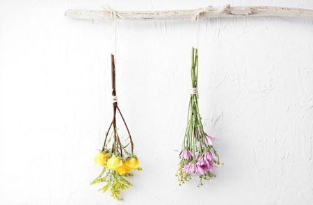 2 - روش های خشک کردن دسته گل عروس