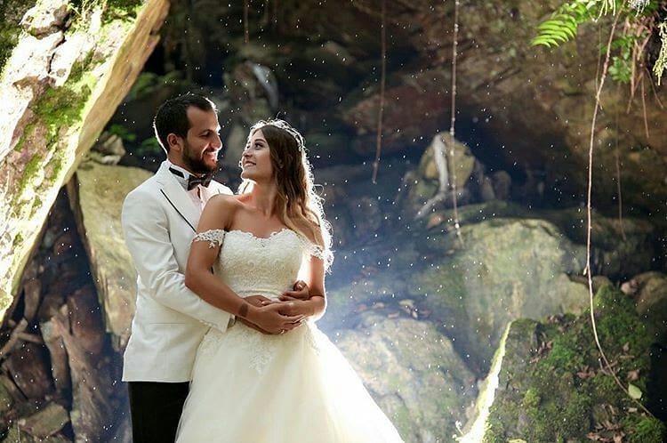 8 - آتلیه عکاسی عروس و داماد مناسب و فیلمبردار عروسی و عکاس عروسی مناسب