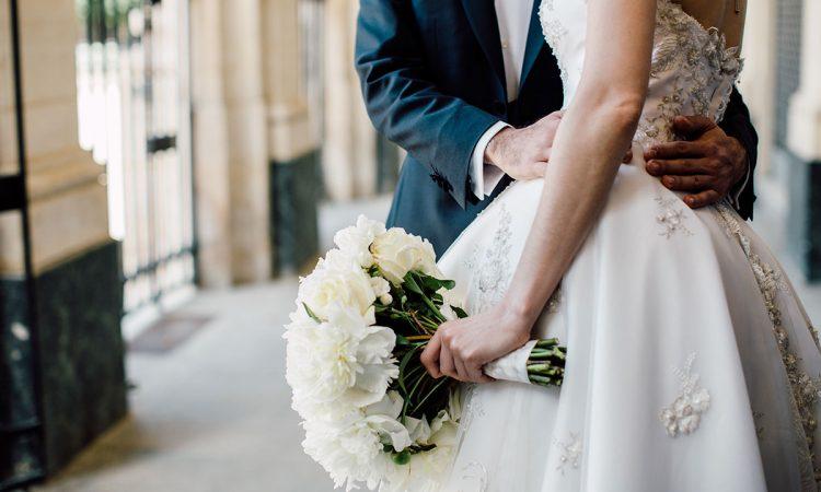 مناسب2 - برای تعیین تاریخ عروسی با مقاله ی زمان مناسب برگزاری عروسی همراه باشید.