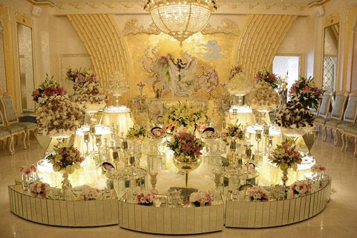 1 - اجاره سفره عقد عروس با تزیین و گل آرایی جایگاه عروس