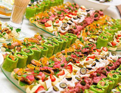5 - نکات مهم برای غذای شام عروسی و تزیین میز شام عروسی