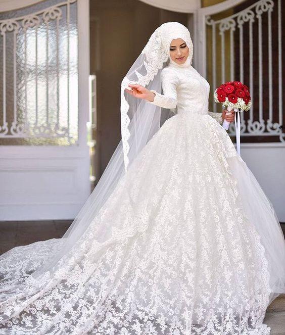 پوشیده1 - مدل لباس عروس پوشیده انتخابی خاص برای عروس خانم ها