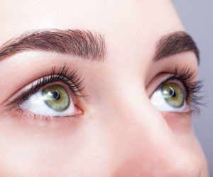 6 - انتخاب لنز مناسب، لنز چشم ساده و لنز رنگی
