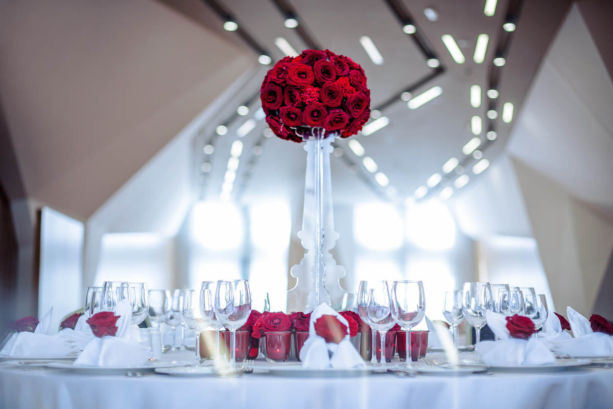 2 - نکات مهم برای غذای شام عروسی و تزیین میز شام عروسی