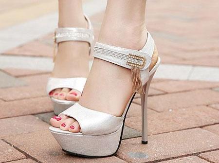 6 - نکاتی که در مورد خرید کفش عروس نباید فراموش کنید