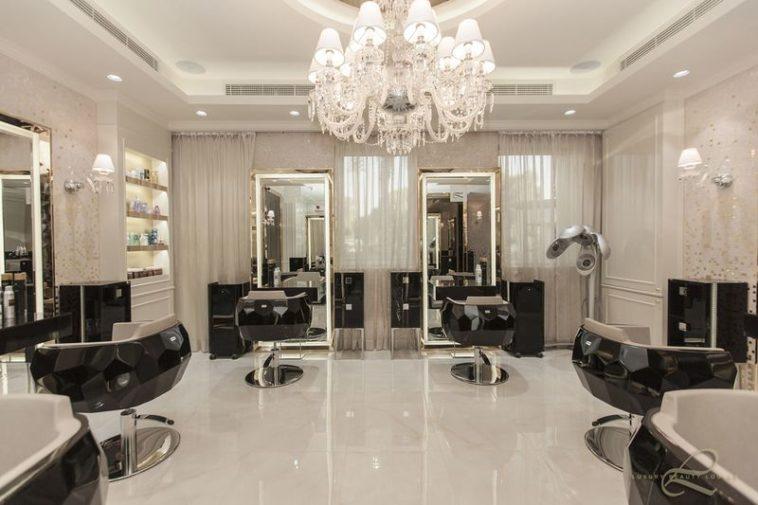 behtarin arayeshgah haye zanane tehran 758x505 - نکاتی مهم برای انتخاب سالن آرایش عروس و زیبایی