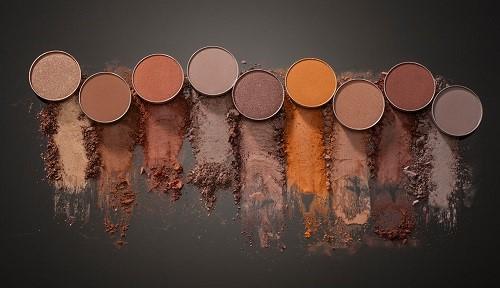 uubd ferrarucci eye shadow - نکاتی مهم برای انتخاب سالن آرایش عروس و زیبایی