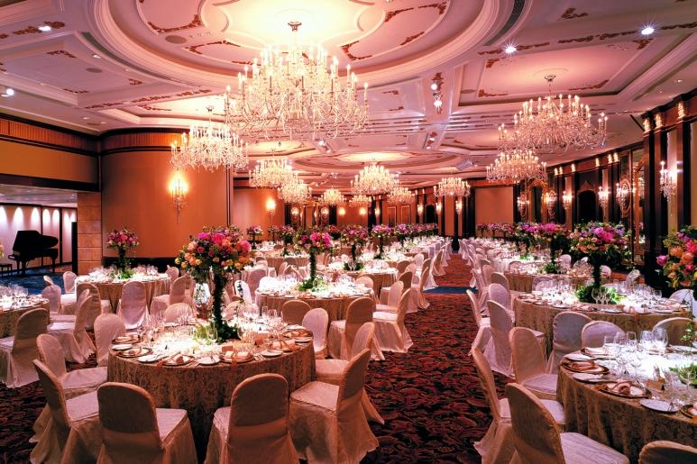 5 - تالار مناسب که بشه برای تالار عروسی یا باغ عروسی ازش استفاده کرد