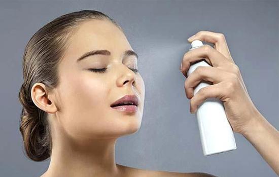 6 - خراب نشدن آرایش در تابستان