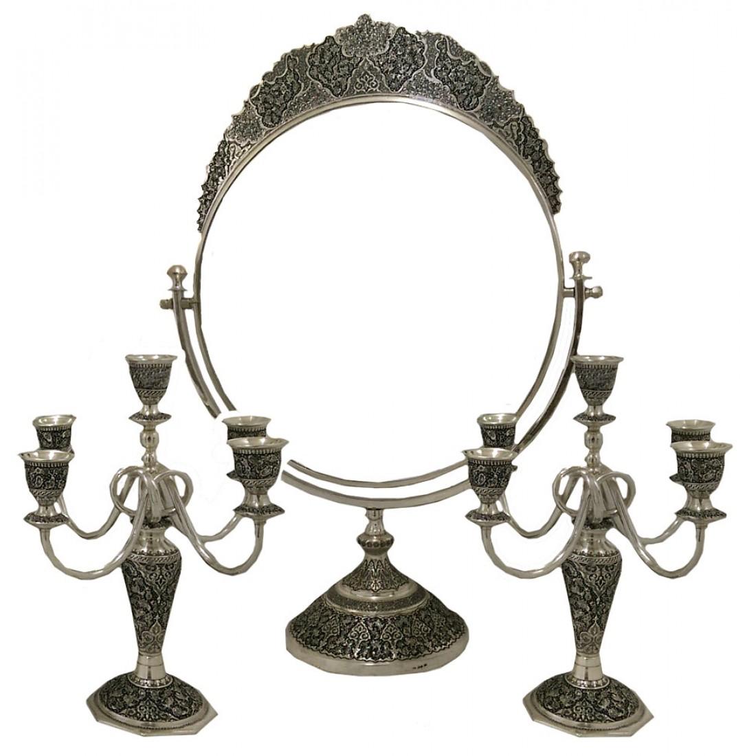 4 - انتخاب آینه و شمعدان مناسب