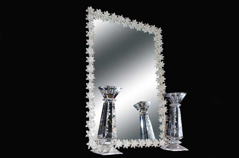 7 - انتخاب آینه و شمعدان مناسب