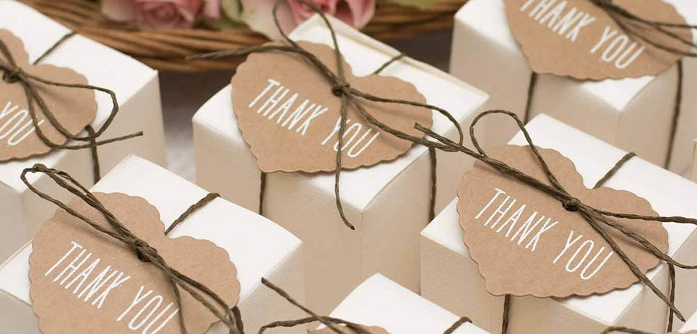 .jpg - گیفت عروسی یه هدیه به یادماندنی از عروس و داماد