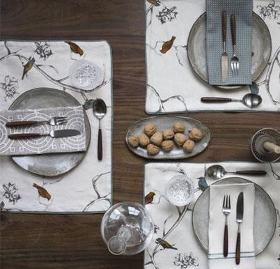 402866 813 - چیدمان میز غذاخوری برای مهمانی رسمی