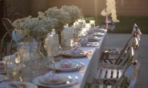 402869 179 - چیدمان میز غذاخوری برای مهمانی رسمی