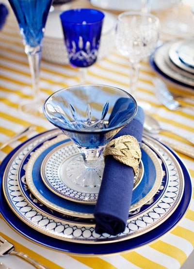 402872 731 - چیدمان میز غذاخوری برای مهمانی رسمی