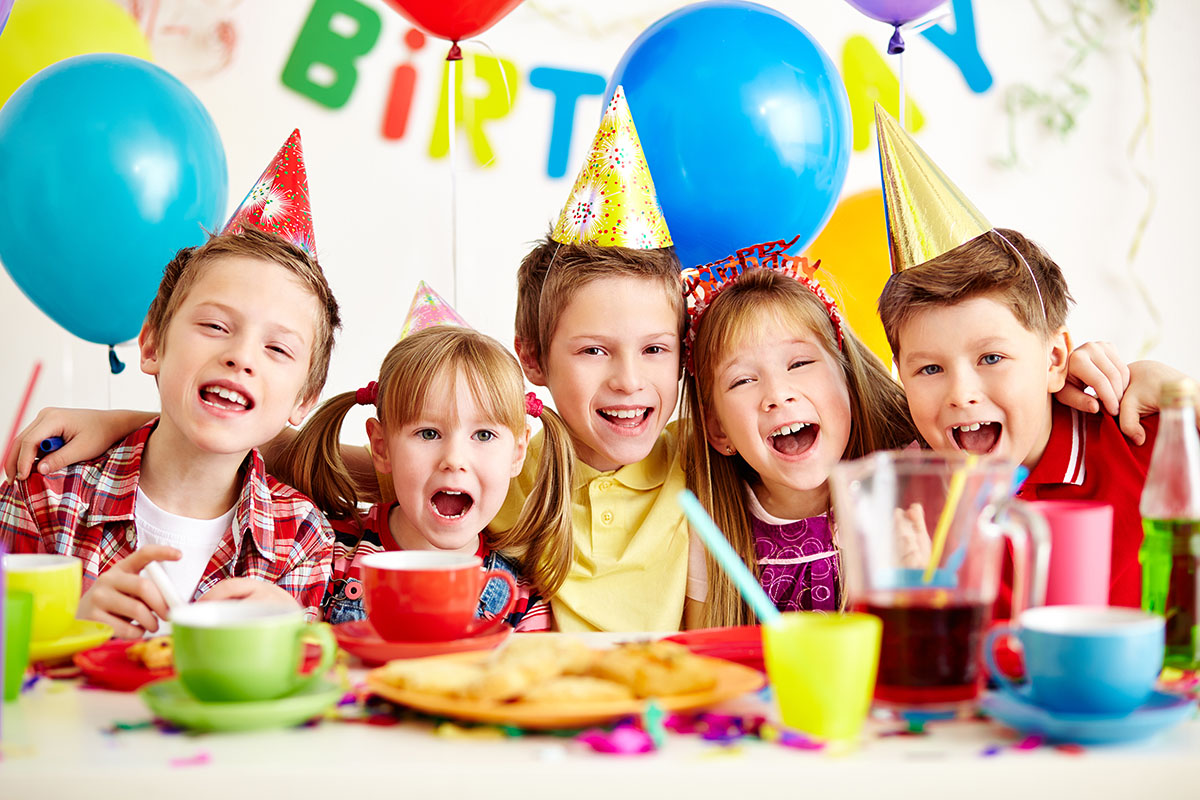birthday party - کودکان جشن تولد را نشانه بزرگ شدن می دانند