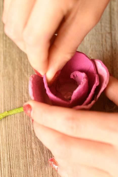 رز کاغذی 23 - گل رز کاغذی ؛گیفت کاغذی خلاقانه که در خانه قابل تهیه است