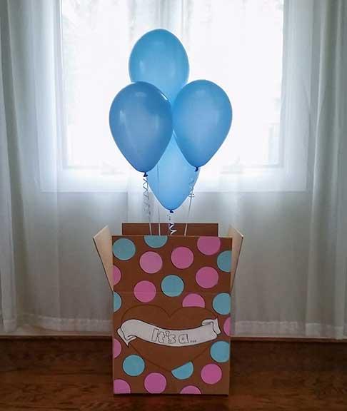 1 15 - سورپرایز بادکنکی برای جشن تعیین جنسیت نوزاد