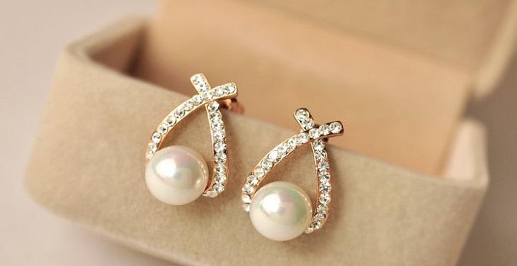 3575 earrings for girls and women - چطور در یک مهمانی بدرخشیم؟