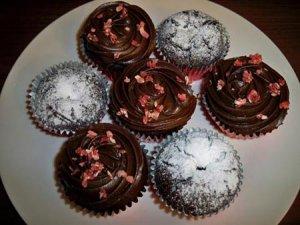 beetrootchocolate muffin04 300x225 - طرز تهیه مافین شکلات