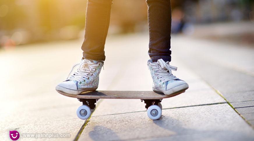 girl converse sneakers - پیشنهاد خرید کفش دخترانه برای میهمانی باشکوه