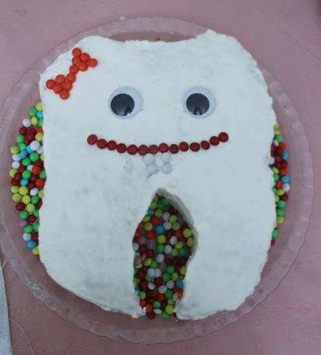 holiday teeth2 e2 - جشن دندونی و ایدههایی برای برگزاری مراسم جشن دندونی
